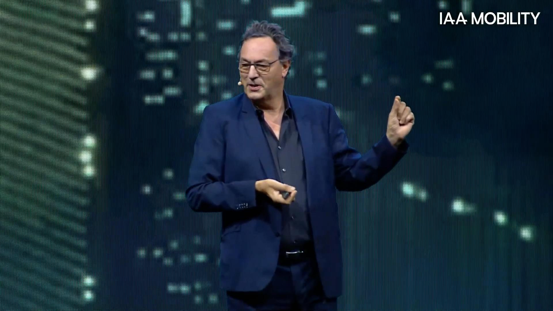 Video Thumbnail Futurist Gerd